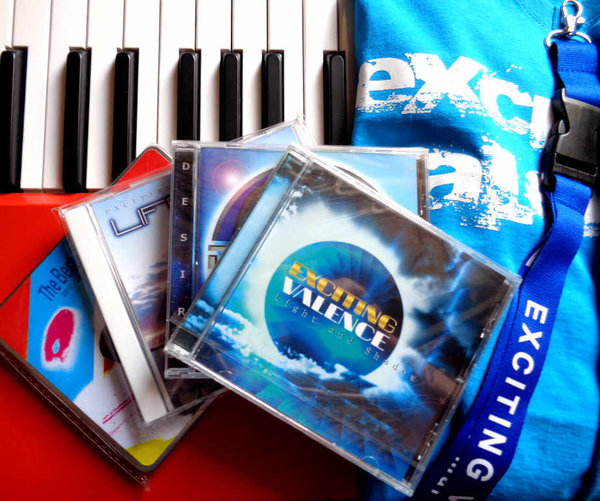 CD & T-Shirt - Complete Bundle